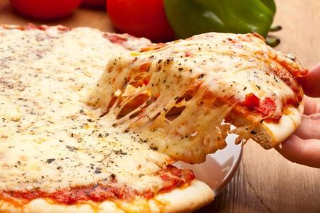 i-consigli-per-una-vera-pizza-napoletana_e0033e723b4820b3cd25db1c6a40fbfc
