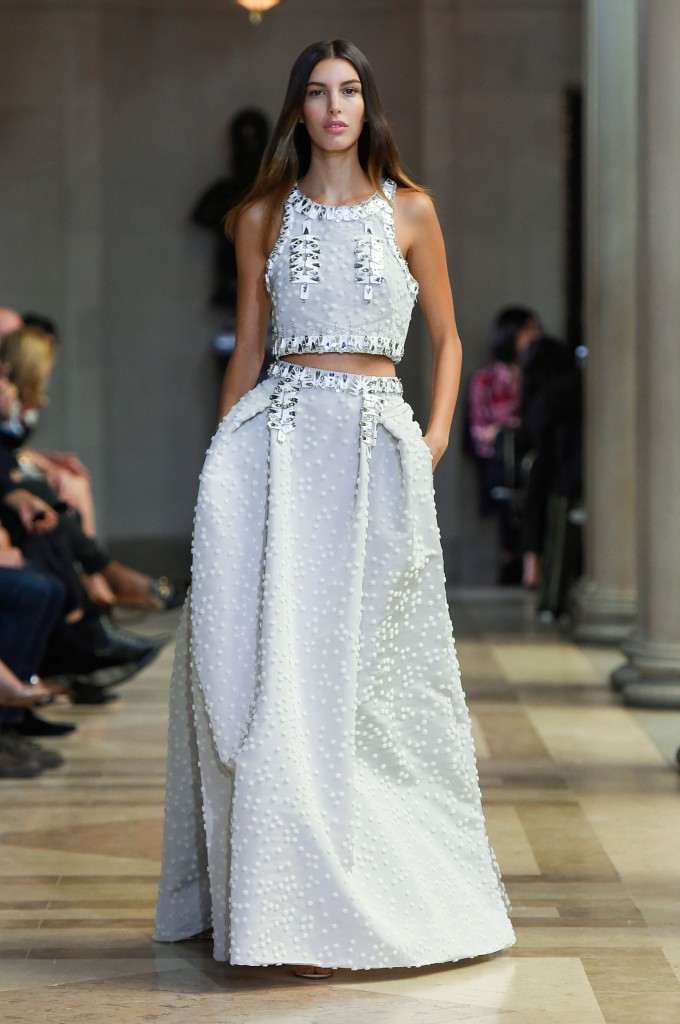 CAROLINA-HERRERA-spring-2016-fashion-show-the-impression-43-680x1024