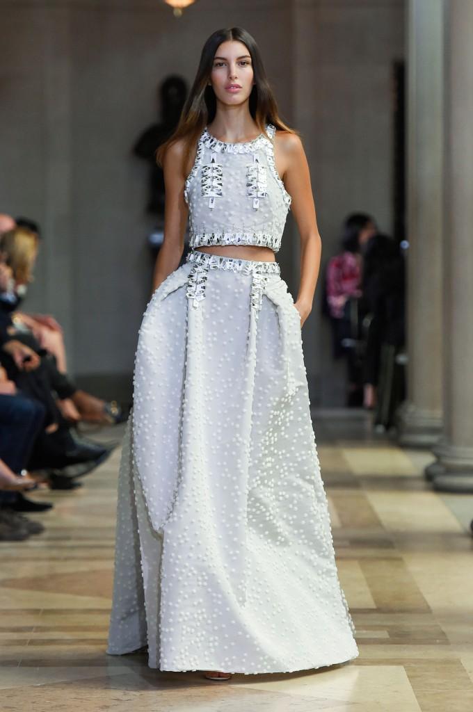 CAROLINA-HERRERA-spring-2016-fashion-show-the-impression-43-680x1024