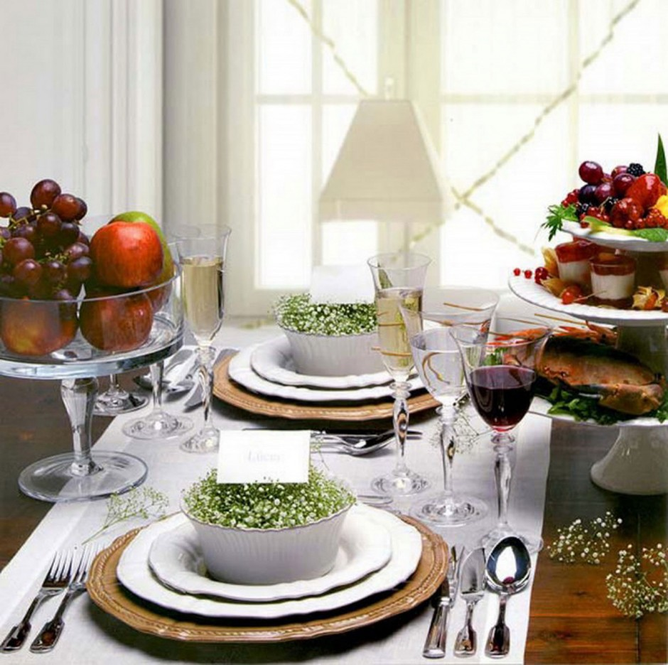beautiful-table-centerpiece-for-dining-room